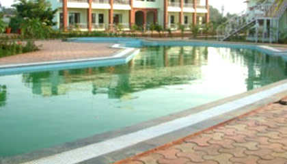 Hotel govinda resort lonavala for Resorts in khandala with swimming pool
