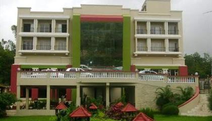 Sterling Mayur Resort